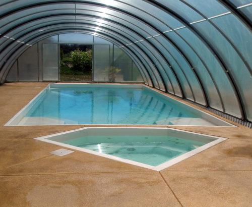 Diamond Spa with pool