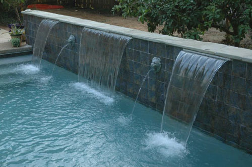 Waterfall feature with wall springs